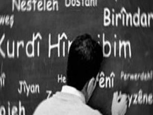 Belediyeler ana dilde eğitim verecek