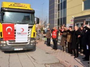 Kızılay Kayseri Şubesi'nden Türkmenlere Yardım