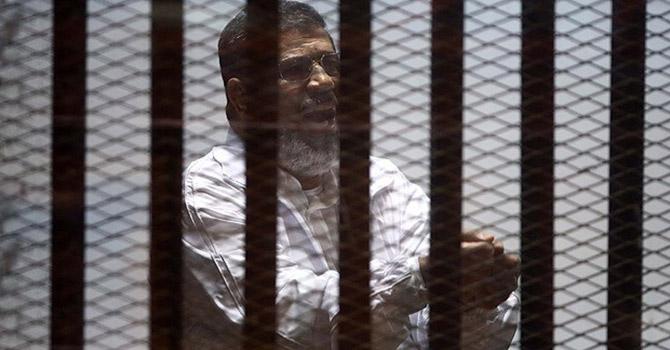 Mursi: Bir çetenin değil cumhuriyetin başkanıydım