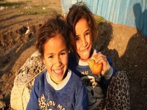 İmam hatipli öğrencilerden Suriyelilere yardım
