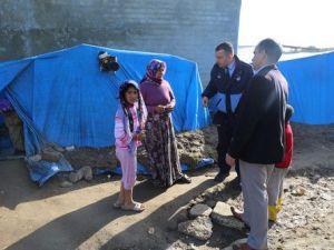 Çadırlarda Yaşayan Suriyelilere Kışlık Yardımı Yapıldı