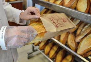 1 yılda çöpe giden ekmek 1,4 milyon asgari ücrete bedel
