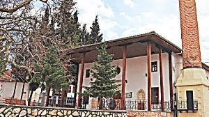 200 yıllık cami yeniden açıldı