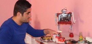 Kur'an okuyan robot