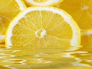 Ciltteki lekeler için limon suyu!