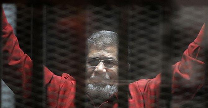 Mursi'yi cezaevinde 5 kez zehirleme teşebbüsü