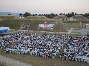 Tarihi Namazgah Tabyaları'nda iftar açtılar