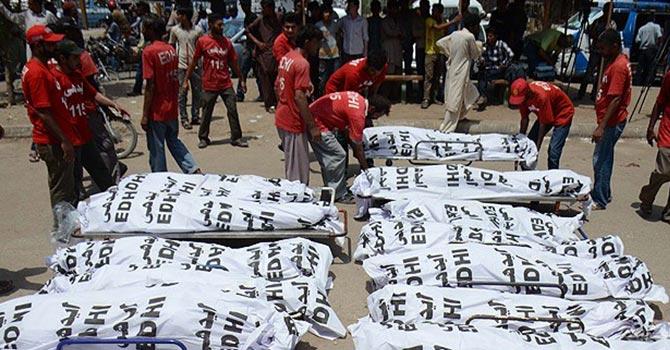 Pakistan'da sıcakların etkisiyle 1200 kişi vefat etti