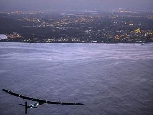 Solar Impulse 2 dünya çevresindeki turuna ara verdi