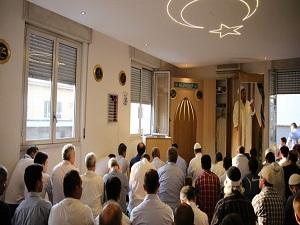 Milano'daki Müslümanlar'ın Ramazan Bayramı coşkusu