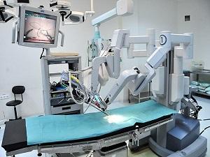 Böbrek naklinde robotik cerrahiyle yüzde yüz başarı
