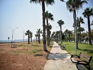Mersin'de sıcaktan sokaklar boş kaldı