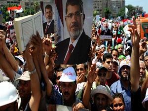 Mısır'da cuntadan Müslüman Kardeşler'e operasyon