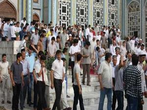 Tacikistan'da 100'den fazla cami kapatıldı