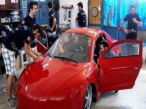Üniversiteli öğrenciler 'elektrikli araç' tasarladı