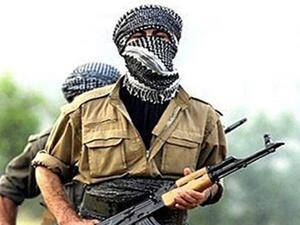 Hakkari'de askere saldırı