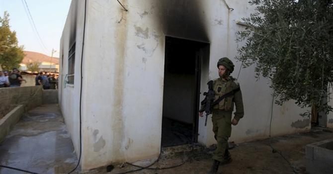 İsrail Filistinli bebeği yakarak öldürdü