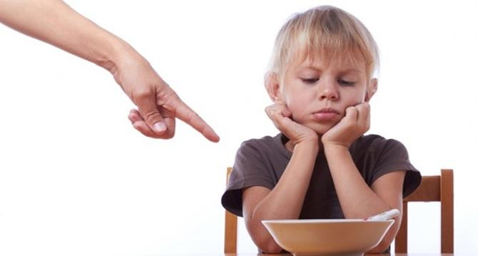 Çocuk yetiştirmede doğru bilinen yanlışlar