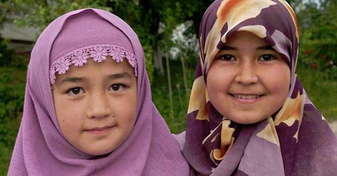 Ulema: Başörtüsü yasaklanmasın renklensin!