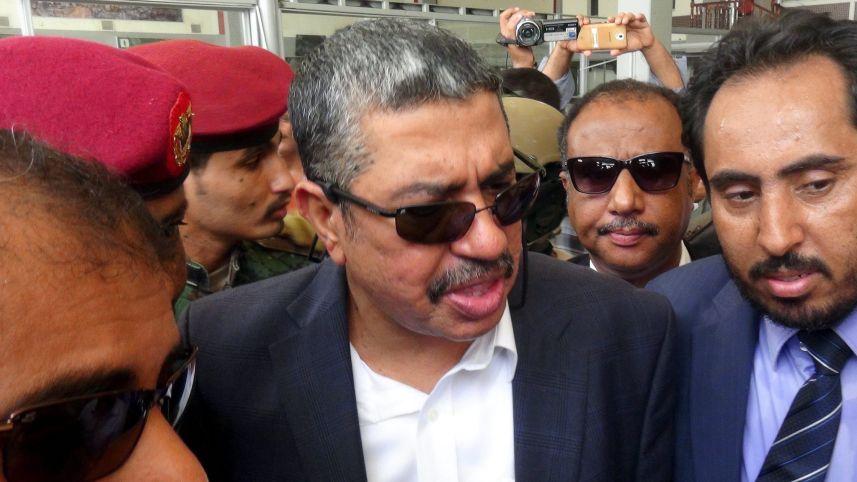 Yemen Başbakanı Aden'e geri döndü