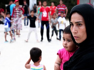 Atina merkezinde 500 Afgan mülteci çadırlarda kalıyor