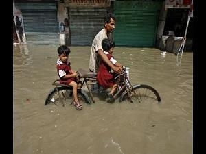 Sel felaketi Asya'yı vurdu