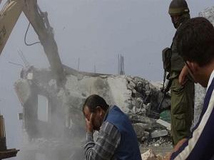 İsrail 7 barakayı yıktı