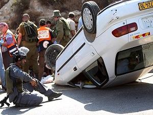 İsrail askerleri 'yayalara çarpan' Filistinliyi vurdu