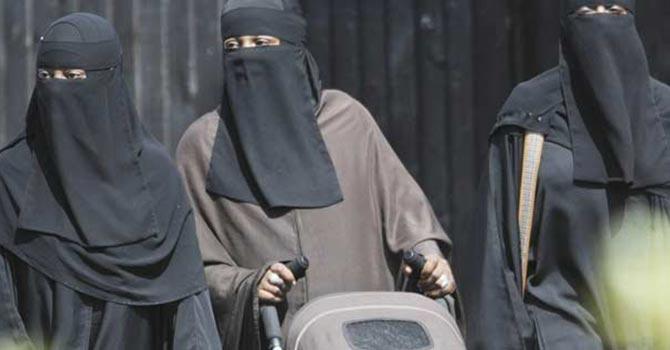 Estonya'da burka yasağı tartışması alışkanlıktan!