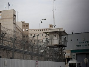 İsrail'de 180 Filistinli tutuklu açlık grevinde