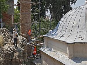 Tarihi camiye koruma kalkanı
