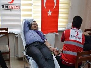 Kan bağışçılarının yüzde 90'ı erkek