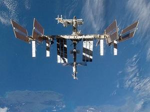 Uzay istasyonunda 'tarihi' yemek