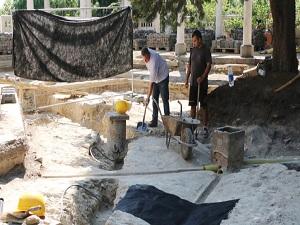 Gül Baba Türbesi'nde kazı çalışmaları başladı