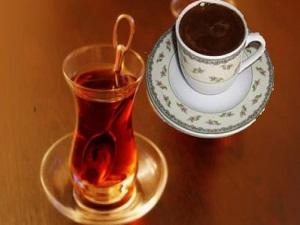 Dikkat! Çay, kahve ve asitli içecekler...