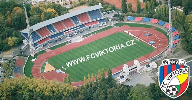Çek kulüplerine İslam'a hakaret sebebiyle para cezası!