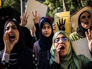 Mısırlı muhaliflerden Rabia katliamı protestosu