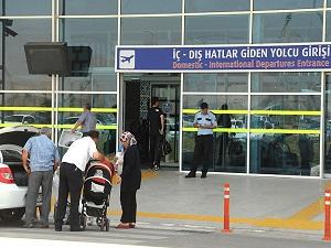 Vatandaşın seyahat özgürlüğüne 'terör' engeli