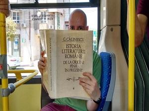 Otobüsler kitap okurları için ücretsiz oldu