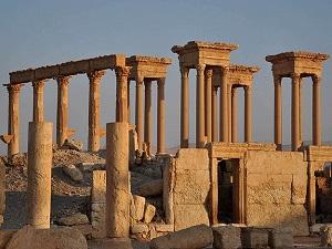 DAEŞ Palmira Antik Kenti'ndeki tapınağı yıktı