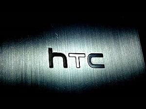 HTC A9, eğimli ekran ile geliyor!