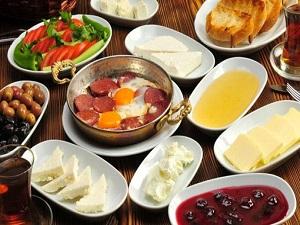 Anadolu Üniversitesi öğrencilerine kahvaltı müjdesi