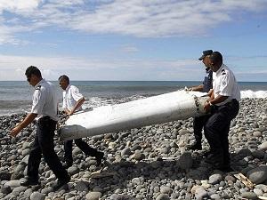 'Hint Okyanusu'nda bulunan parça Malezya uçağına ait'