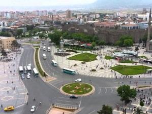 Kayseri'de evler euro ile kiraya veriliyor