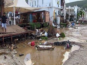 Bodrum'daki sağanaktan 350 ev ve iş yeri etkilendi