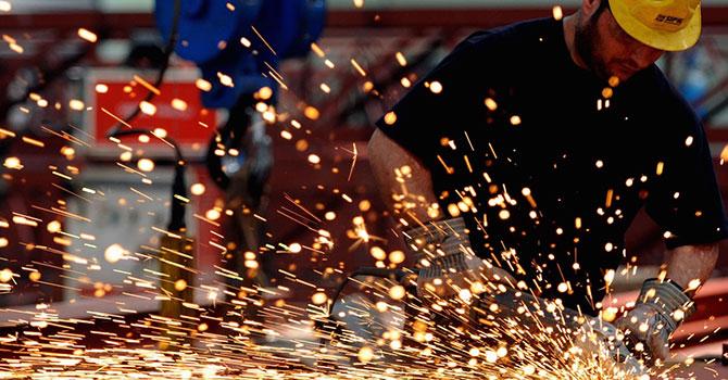 AB, çelik sanayisini koruyacak