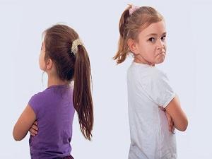 Kardeş çatışması kız çocuklarda daha çok yaşanıyor