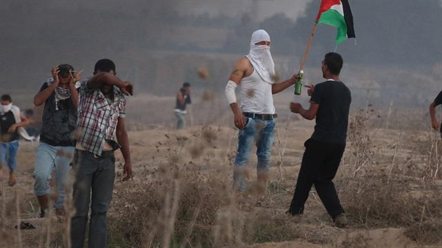 Filistinli gençler Yusuf makamını yaktı
