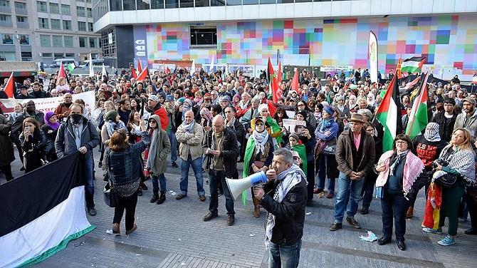 Kopanhag ve Brüksel'de İsrail protesto edildi