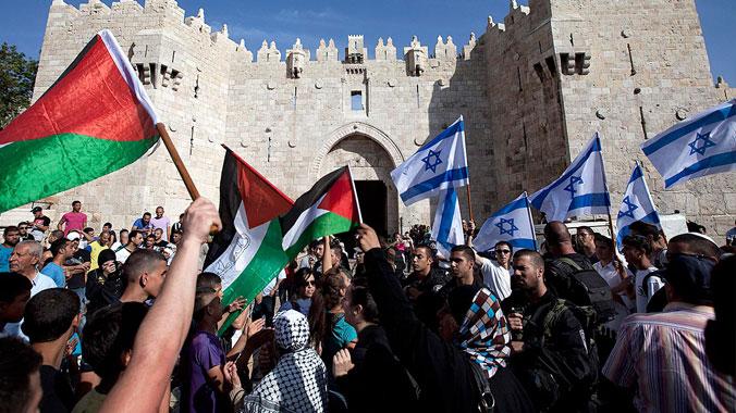 İsrailliler Filistin'le barış için yürüdü